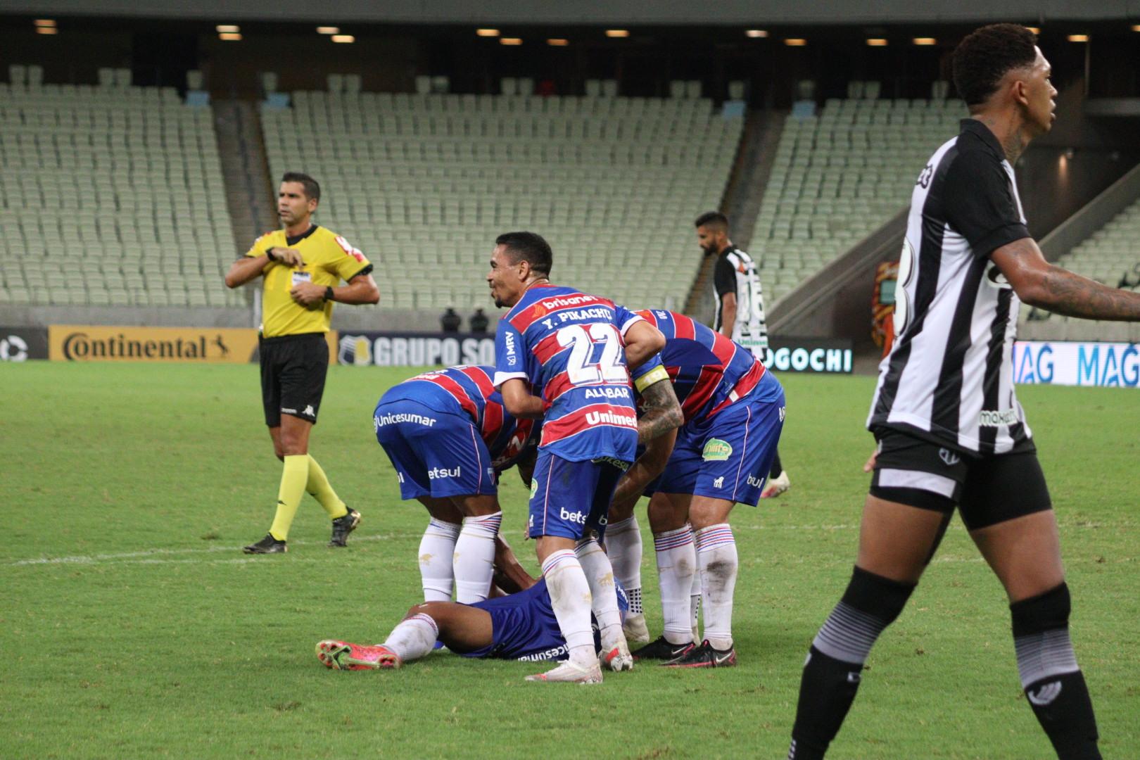 Fortaleza goleia o Ceará e esta nas oitavas da Copa do Brasi