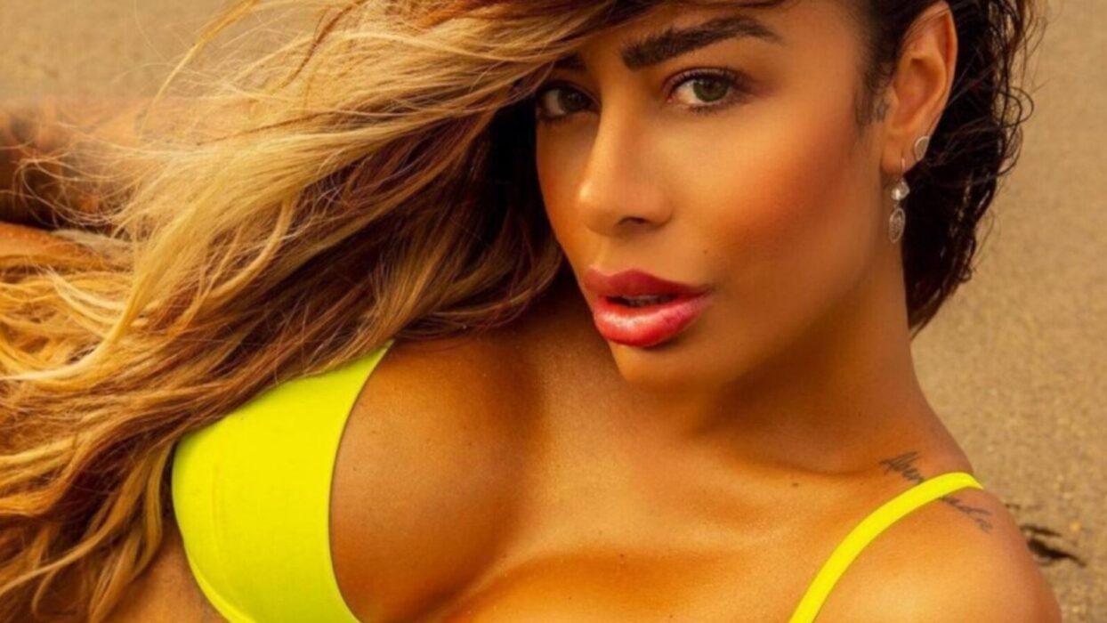 Rafaella Santos ostenta cinturinha fina em look pra lá de sedutor: