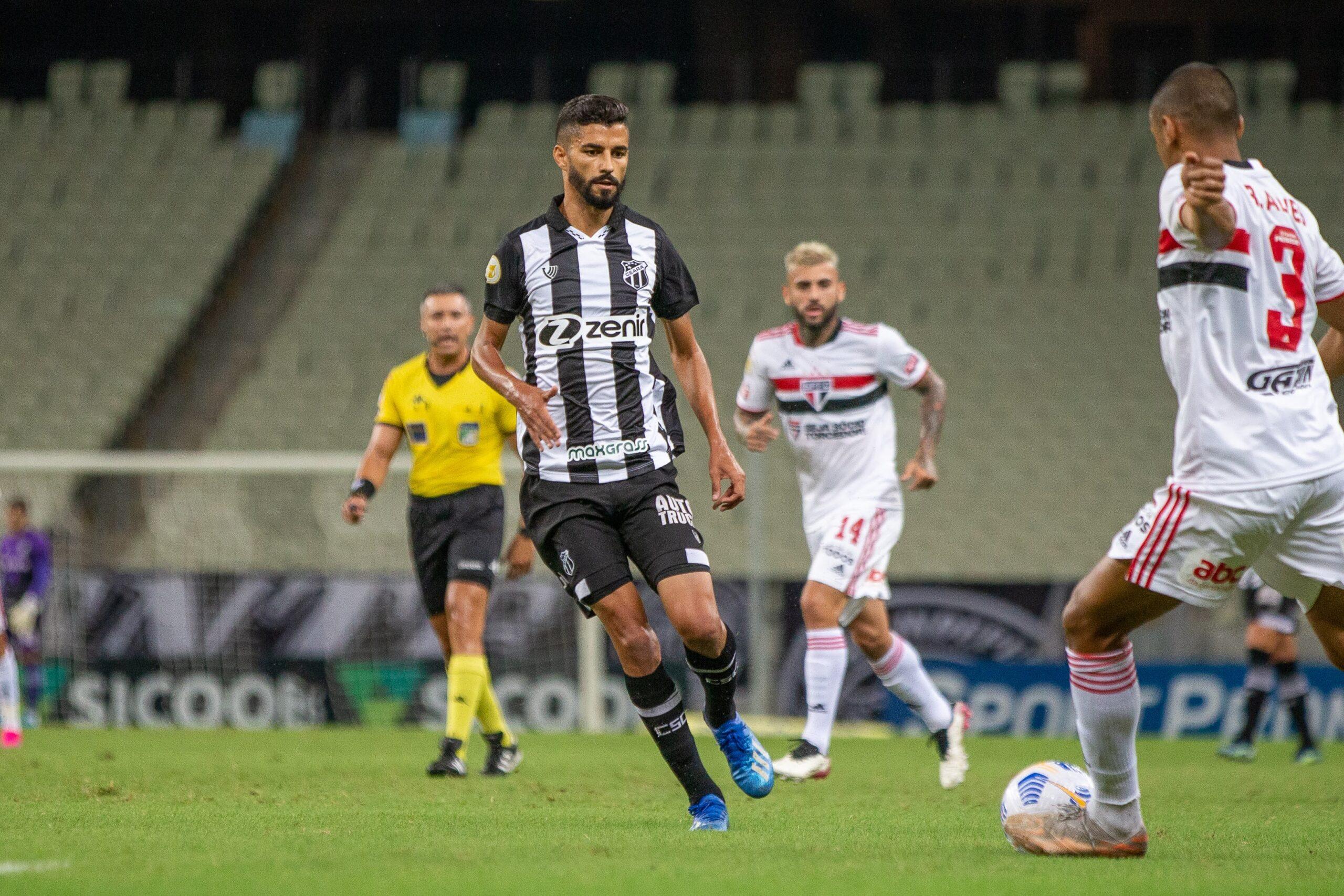Ceará busca o gol da vitória até o fim, mas fica no empate com o São Paulo, na Arena Castelão