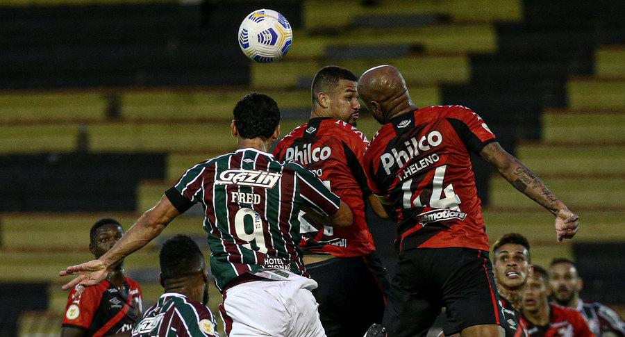 Fluminense perde para o Athletico-PR