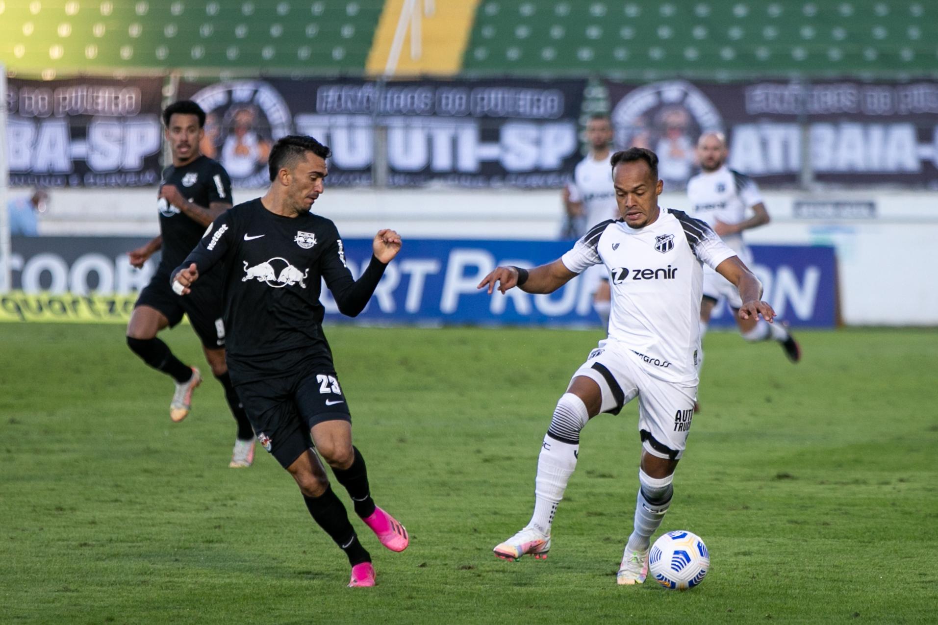 Contra o líder Bragantino, Ceará pontua fora de casa em empate sem gols
