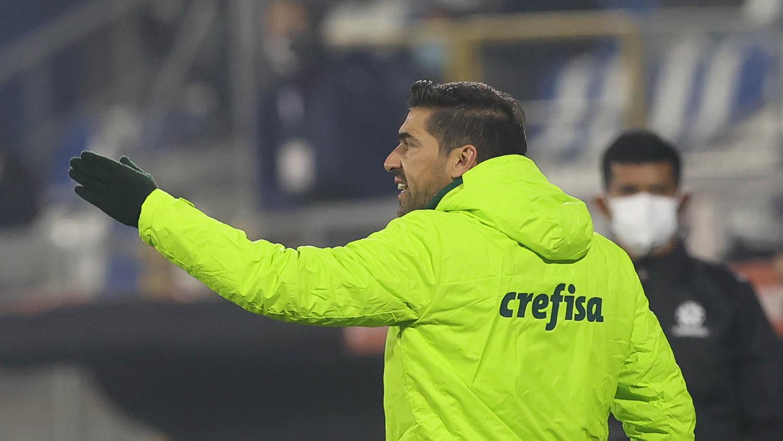 Abel Ferreira exalta competitividade do Palmeiras após vitória contra Universidad Católica