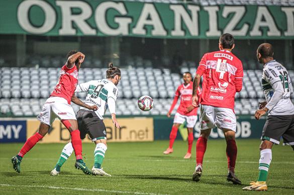 Coritiba e CRB empatam pela 13ª rodada da Série B do Brasileirão