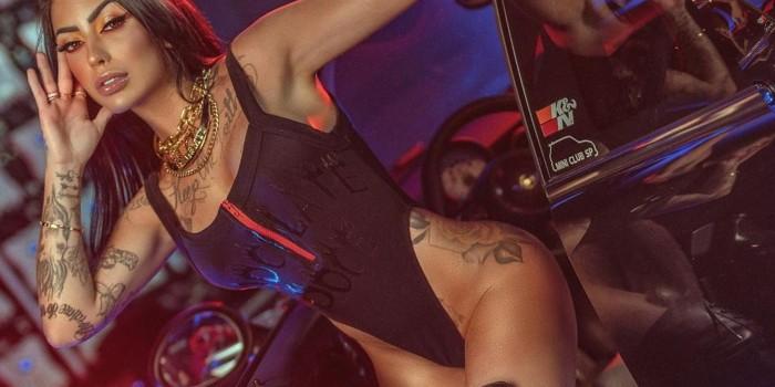 Mirella abusa do decotão em challenge sensual: