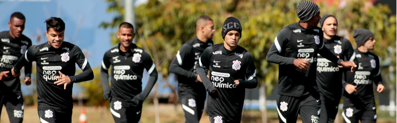 Corinthians tem treino técnico em preparação para encarar Flamengo