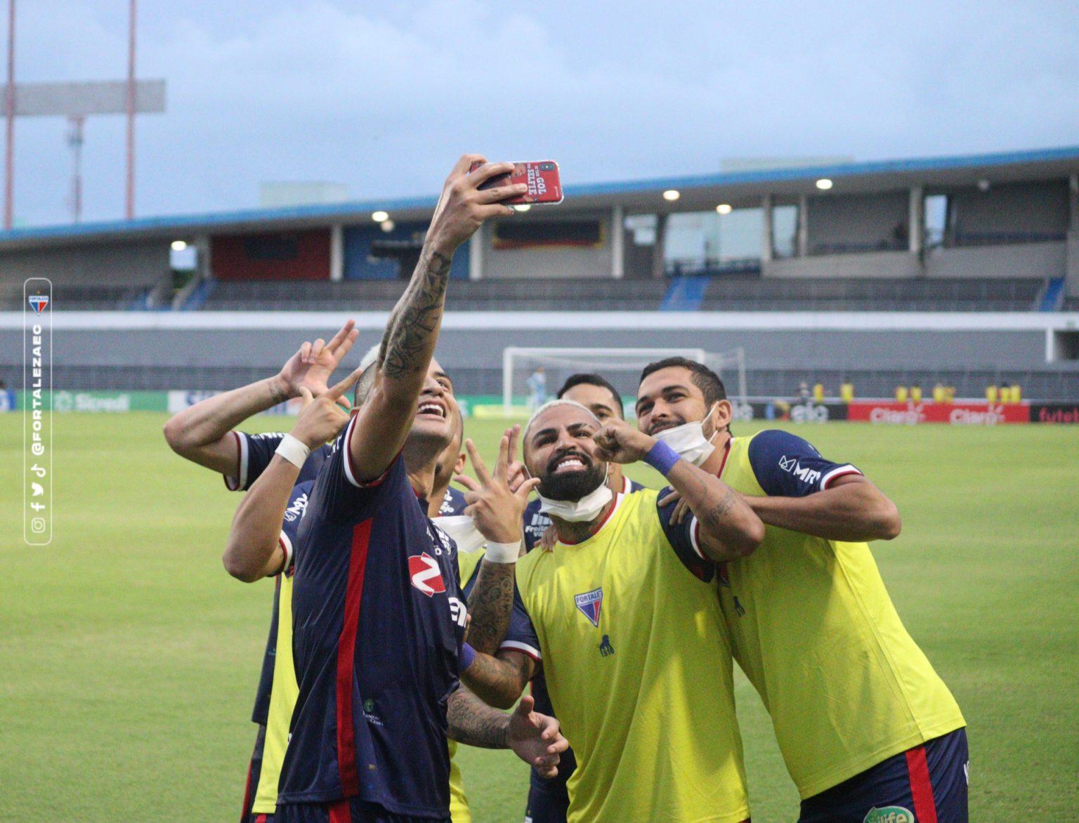 Fortaleza vence CRB e está entre os oito melhores da Copa do Brasil