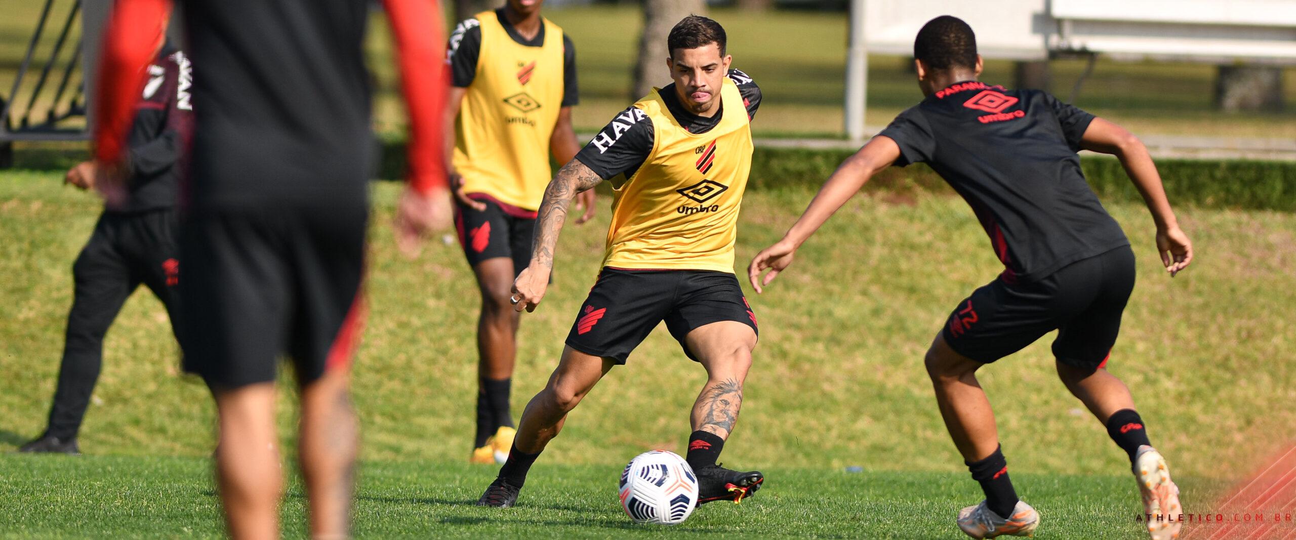 Em Curitiba, Athletico iniciou os treinamentos voltados ao confronto contra a LDU