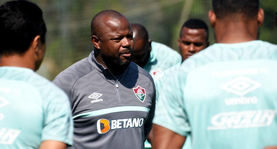 """Marcão reassume o Fluminense e pede apoio da torcida: """"Um prazer"""""""
