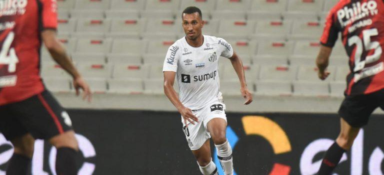Em Curitiba, Santos FC perde para o Athletico-PR