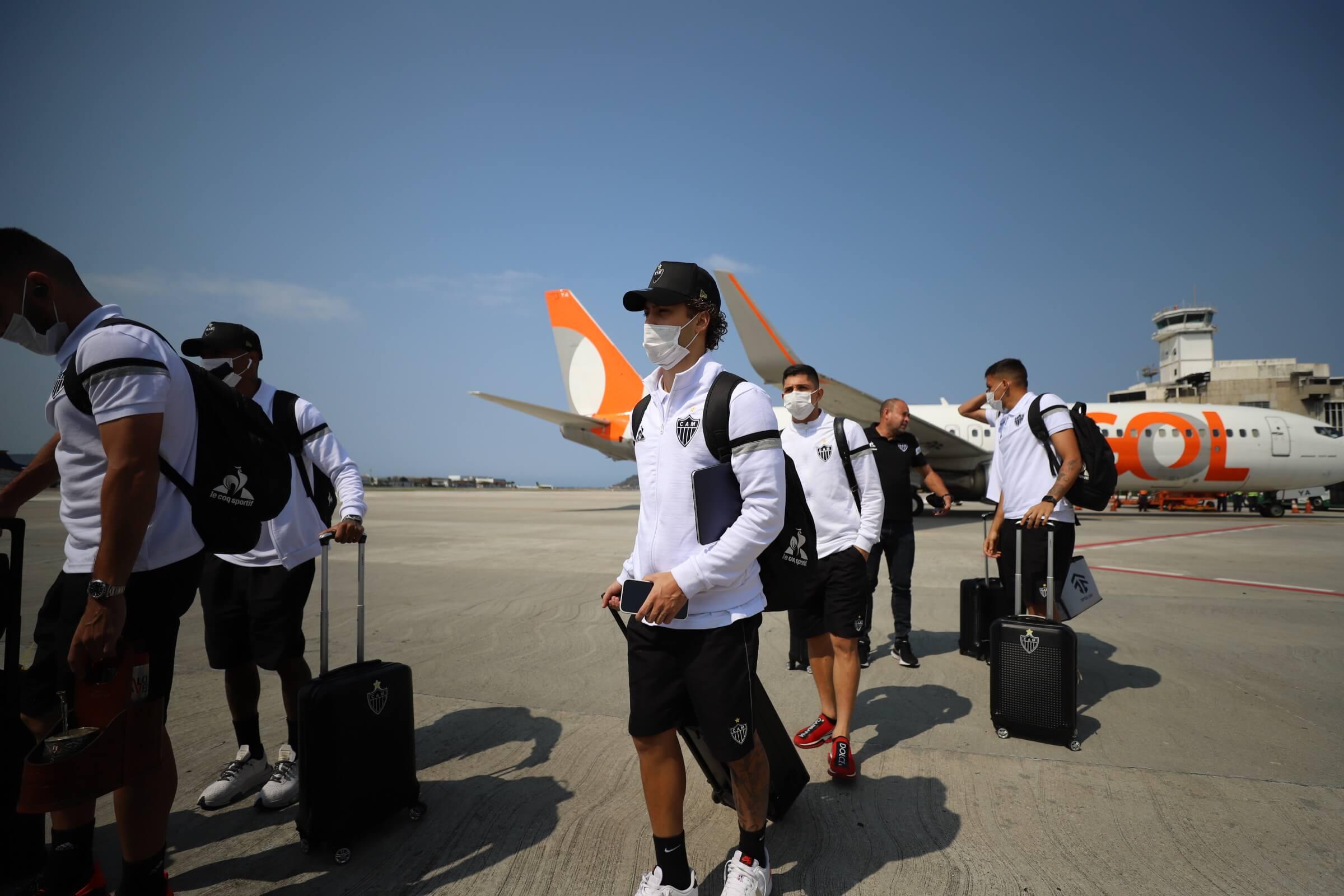 Delegação desembarca em SP para enfrentar o Bragantino