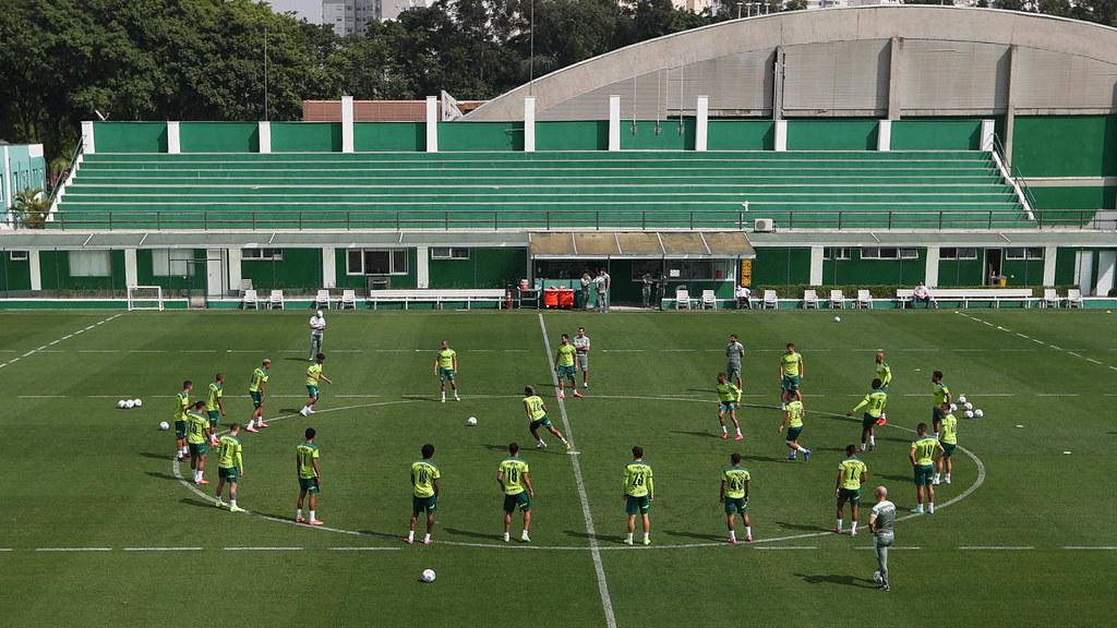 Palmeiras faz treino tático e para enfrente o Flamengo