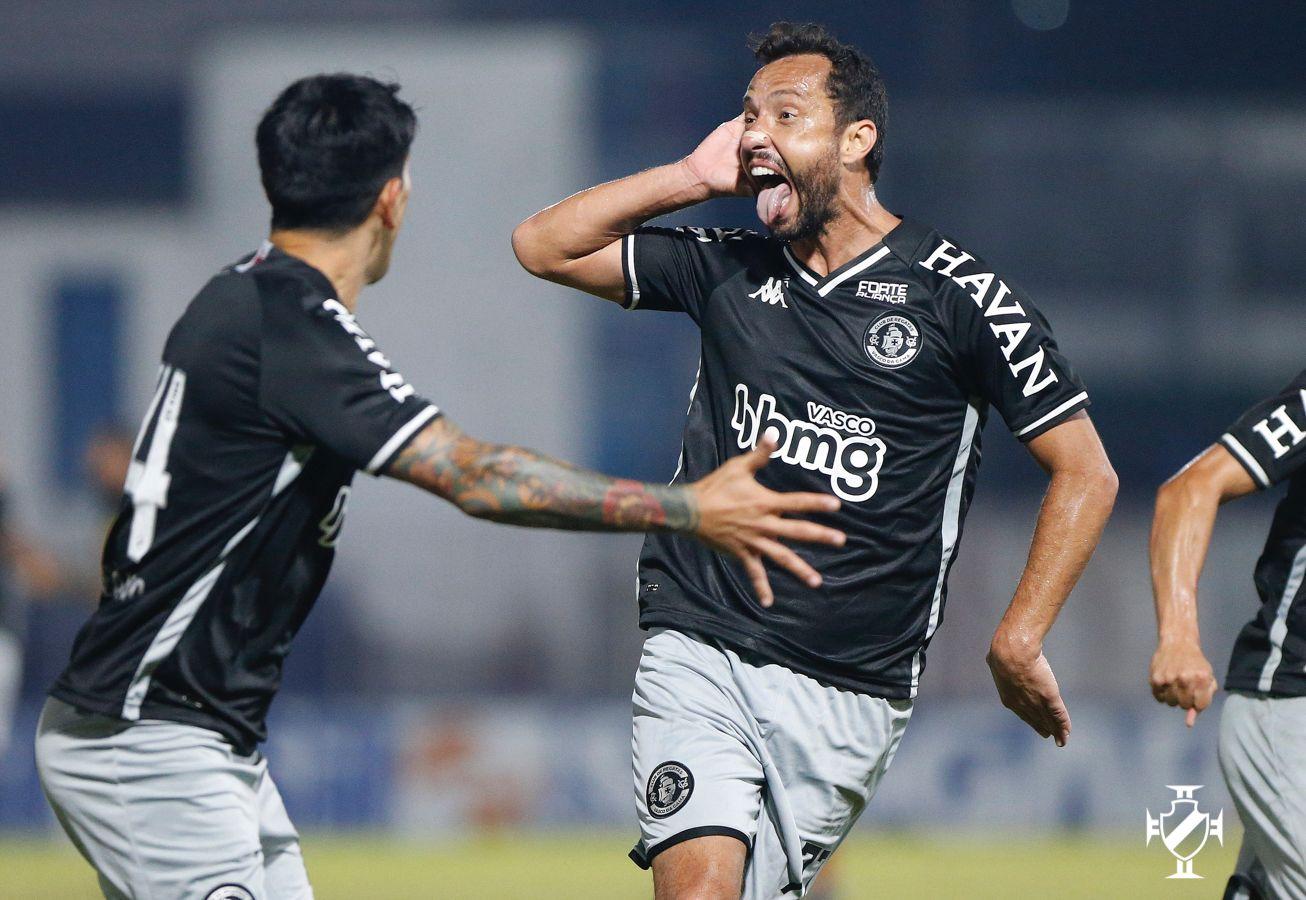 Vasco vence o Brusque pela 26ª rodada do Campeonato Brasileiro