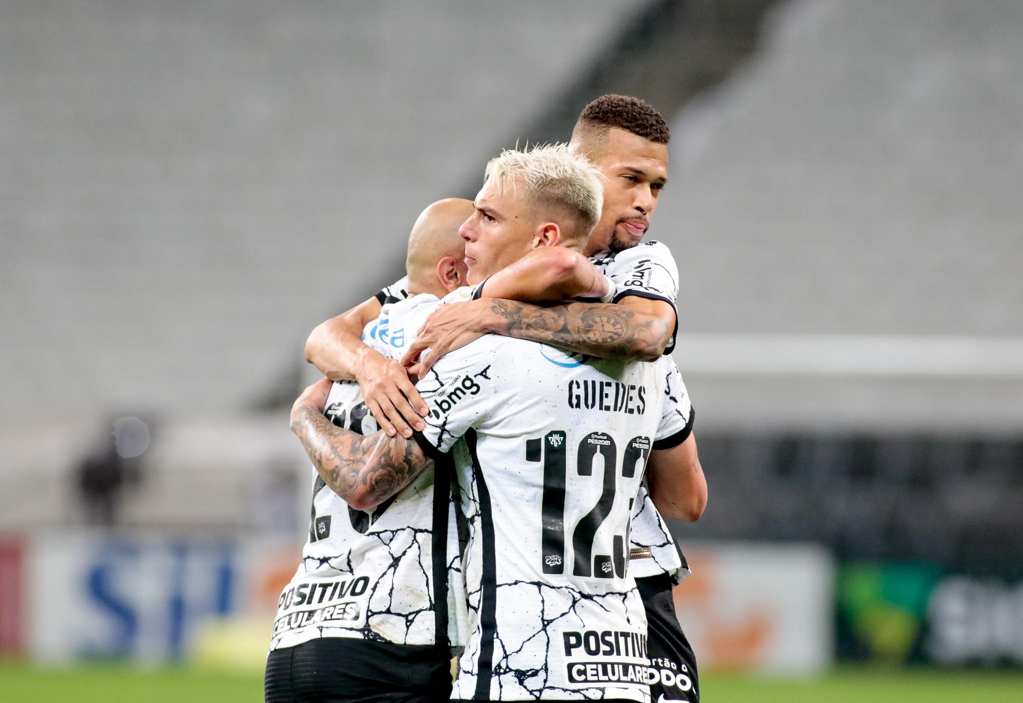 Com a Fiel na arquibancada, Corinthians encara Fluminense pelo Brasileirão