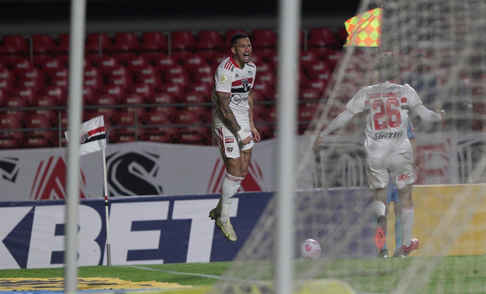 Com gol de Calleri, Tricolor vence o Corinthians pelo Brasileirão