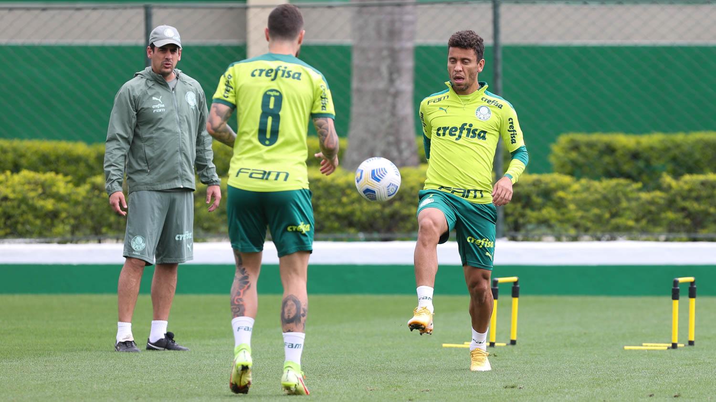 Palmeiras se reapresenta após vitória sobre o Internacional pelo Brasileiro