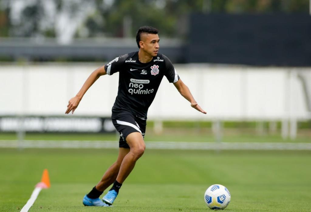 Corinthians finaliza treino específico para ataque e defesa de olho no Inter