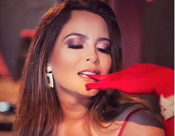 Em vídeo, Geisy Arruda conta detalhes de tirar o fôlego sobre seu livro erótico: