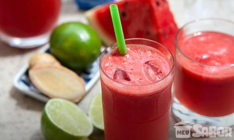 Suco de melancia com gengibre e limão