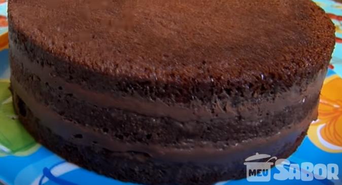 Recheio para bolo de chocolate simples