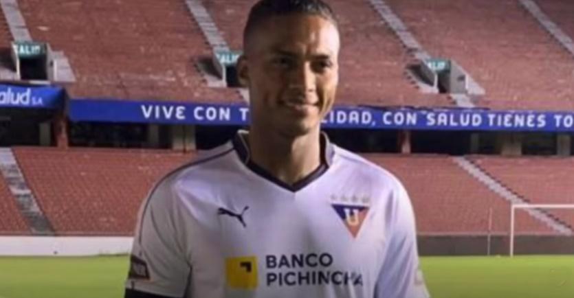 Vasco negocia com lateral-direito Léo Matos, ex-Flamengo, e atacante colombiano Gustavo Torres