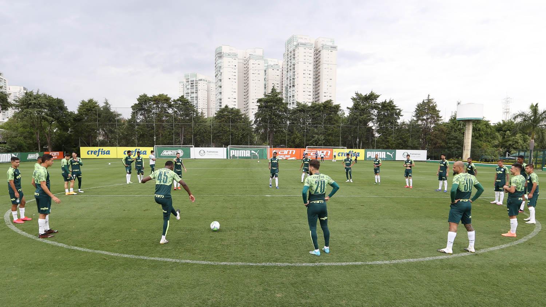 Verdão realiza segundo treino tático antes do confronto com o Atlético-GO