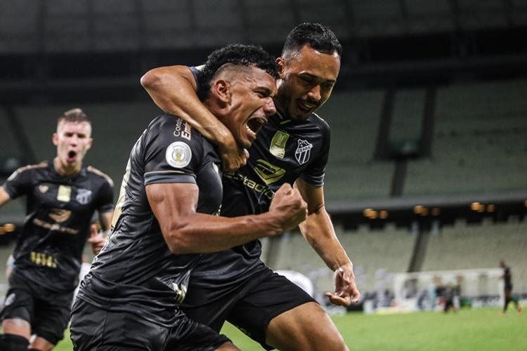 Após virada no Brasileirão, Ceará se prepara para enfrentar Santos pela Copa do Brasil