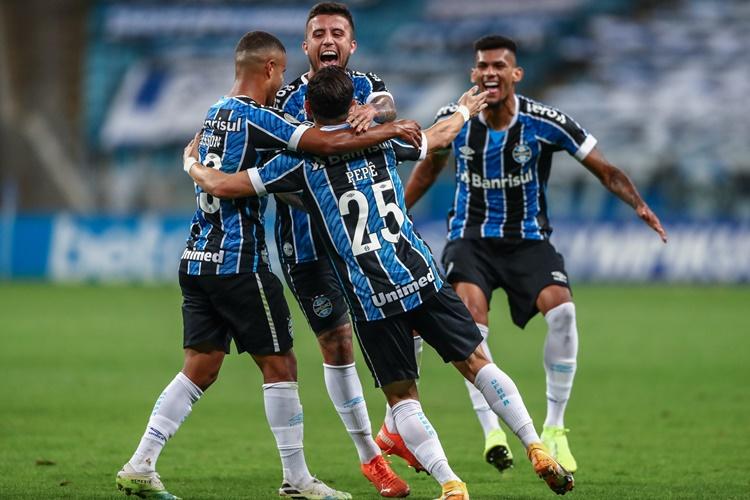 Diego Souza do Grêmio tem renovação até o final de 2021