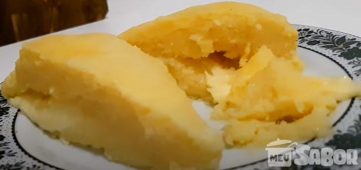 Pamonha com queijo