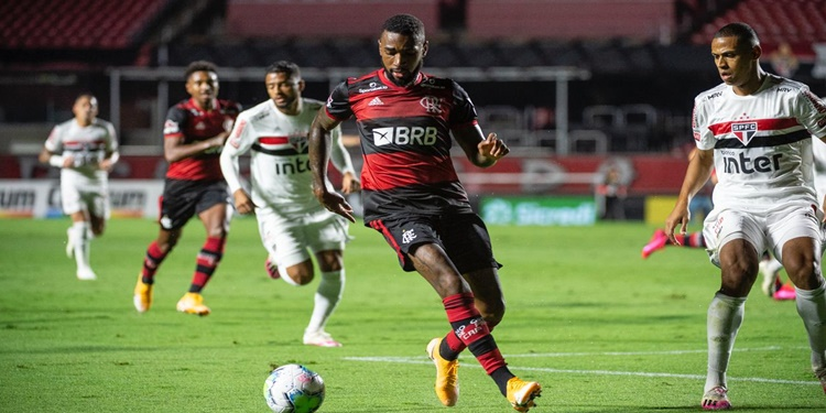 Flamengo perde  de 3 a 0 para o São Paulo e é eliminado da Copa do Brasil