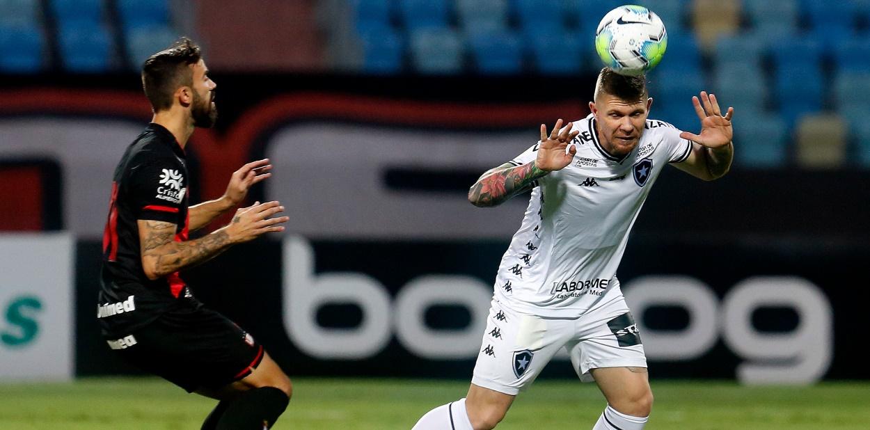 De contrato novo, Kauê assina até 2023 com o Botafogo