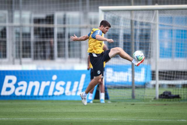 Grêmio segue em treinamentos para jogos contra Corinthians e Guarani