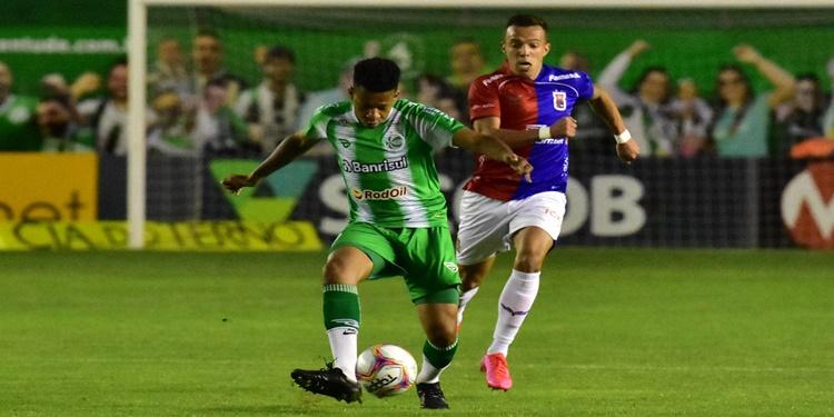 Com atuação impecável, Juventude derrota o Paraná de 5 x 0