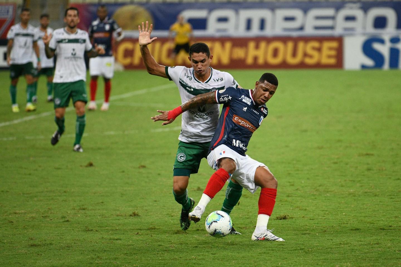 Fortaleza e Goiás empatam de 1 a 1 pelo Brasileirão