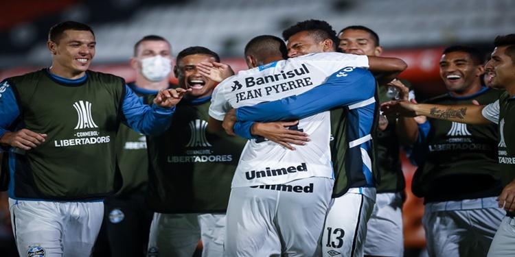 Grêmio vence o Guarani e constrói vantagem na Libertadores