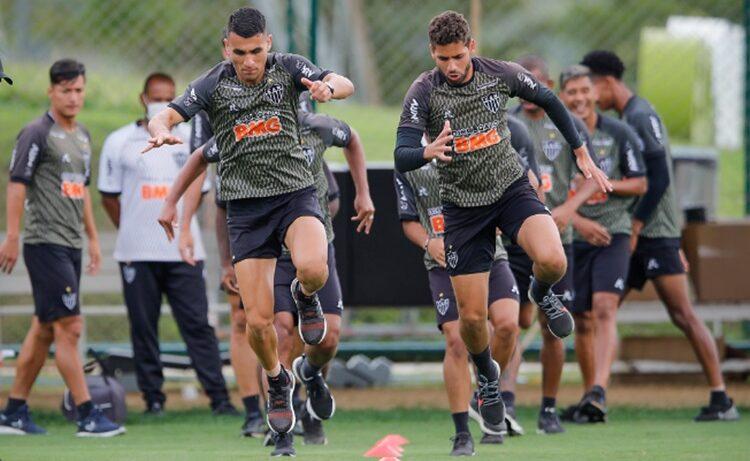 Atlético GO finaliza preparação para clássico contra Goiás