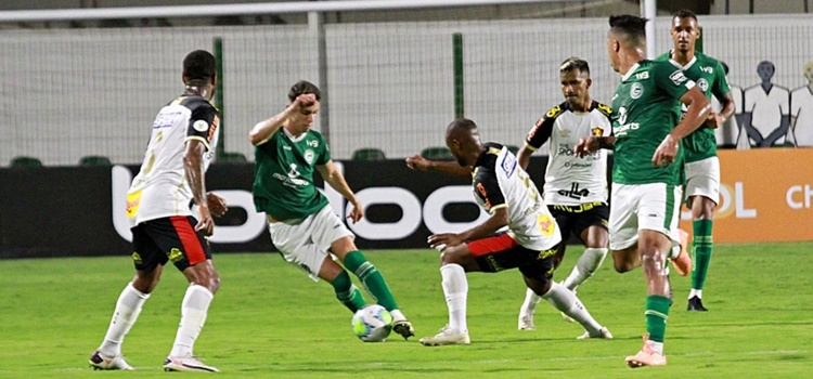Sport joga mal e perde de 1 a 0  para o Goiás