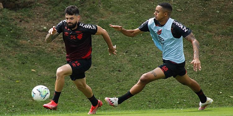 Athletico PR iniciou a semana de treinos de olho no São Paulo