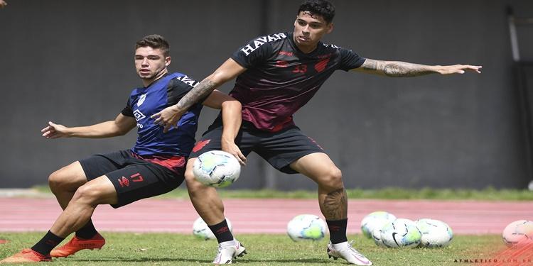 Em Salvador, Athletico fez primeiro treino visando o desafio contra o Flamengo
