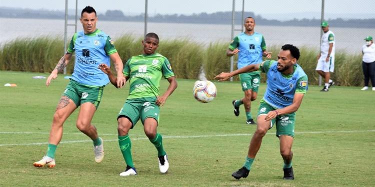 América conclui etapa de preparação em Porto Alegre para penúltima rodada da Série B