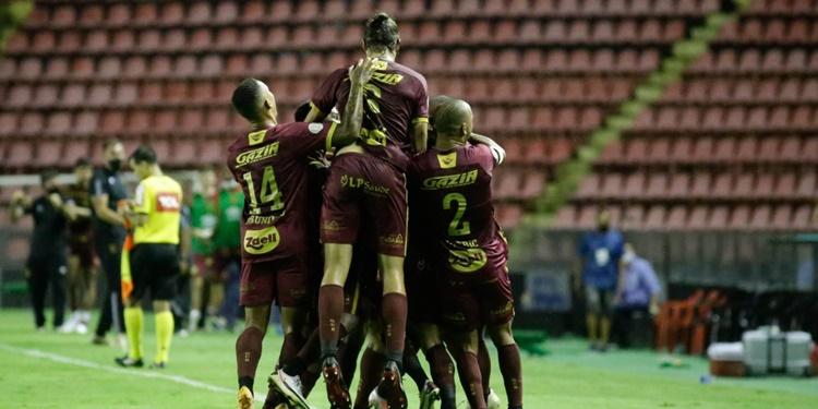 Sport derrota Bahia pela 32ª rodada do Campeonato Brasileiro