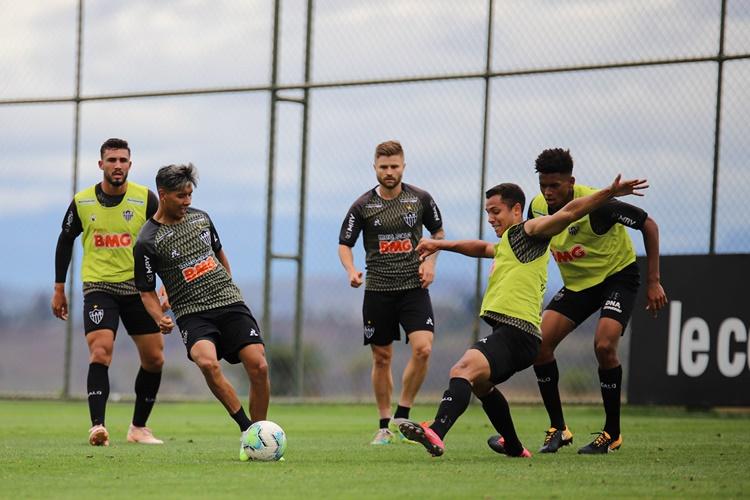 Atlético MG encerra preparação para enfrentar o Santos