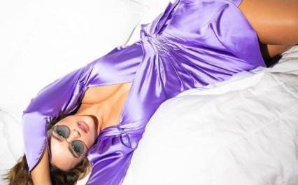 Rafa Kalimann faz ensaio na cama e mexe na imaginação dos fãs