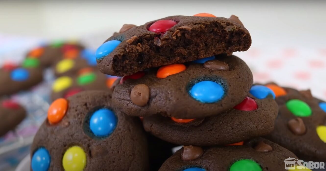 Veja só essa receitinha maravilhosa e que vai só 3 ingredientes, Cookies de Chocolate