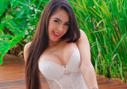 Confira os melhores momentos que Juliana Caetano esbanjou sex appeal na web