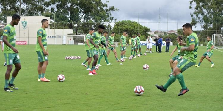 América - MG segue com trabalhos matutinos e se prepara para jogo-treino