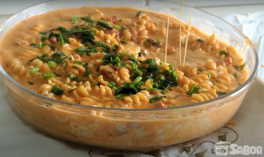 Cansada de ficar horas na cozinha? Faça esse prato super prático e arrase! Macarrão da panela de pressão!
