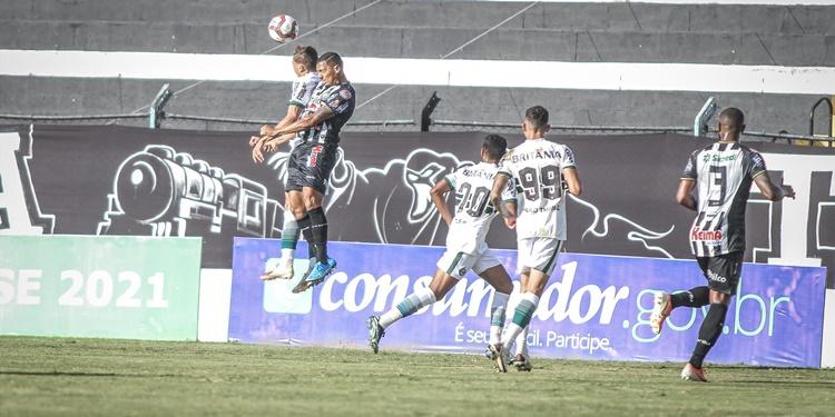Coritiba perde do Operário no Campeonato Paranaense