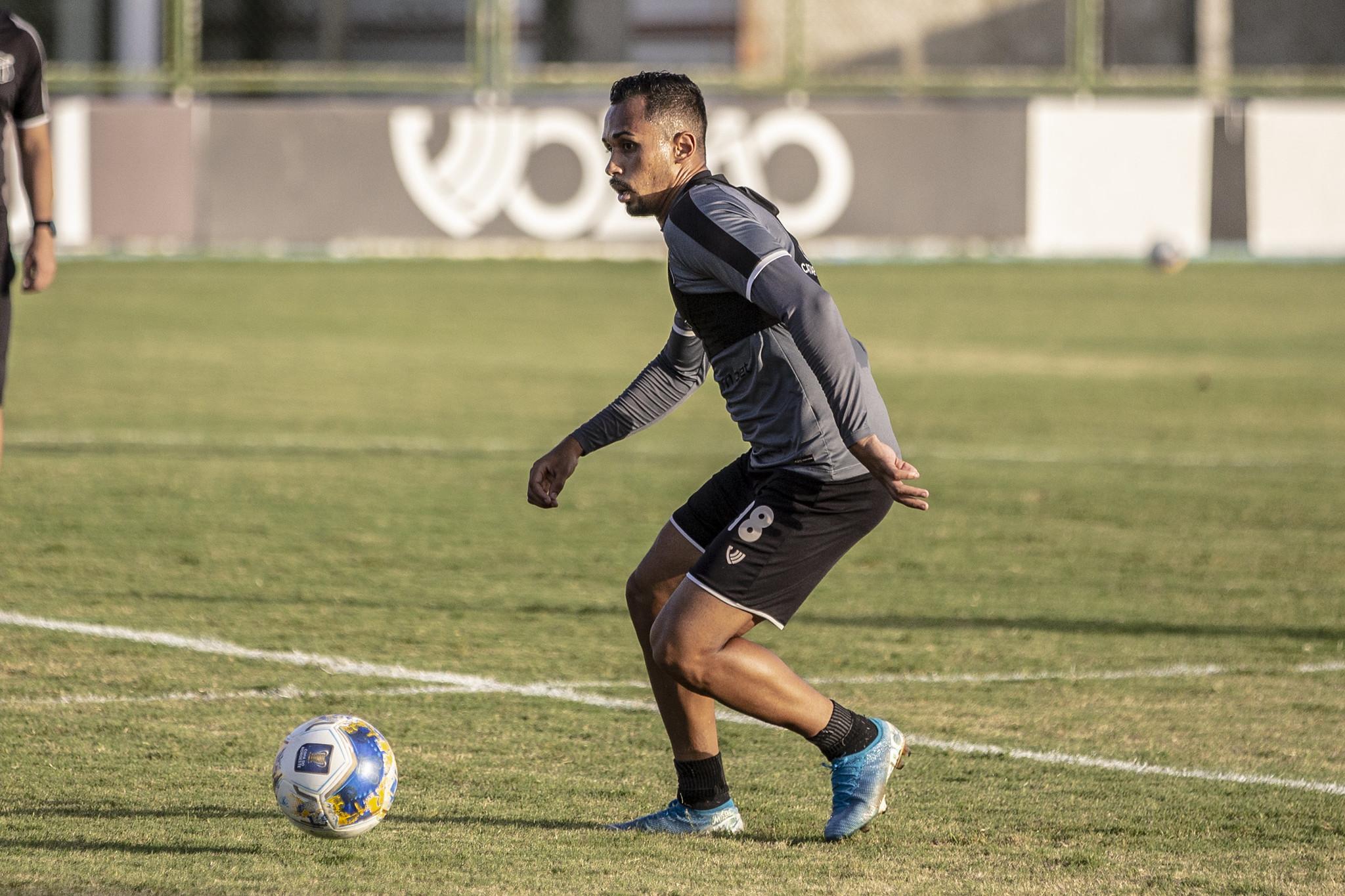 Ceará realiza penúltimo treino antes de partida contra o Salgueiro
