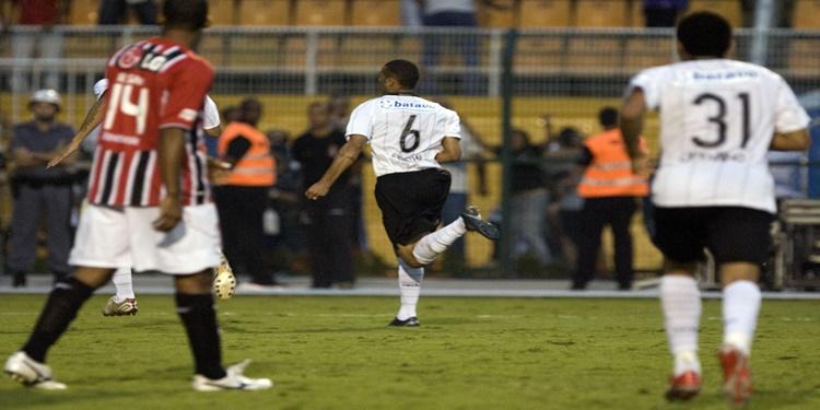 Há 12 anos, Corinthians vencia o São Paulo em primeiro jogo da semifinal do Paulistão