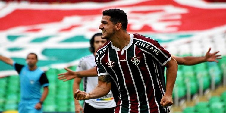 Fluminense vence o Botafogo e prossegue no Campeonato Carioca